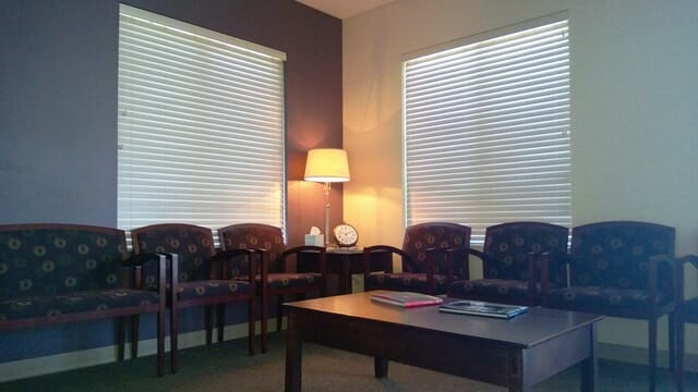 waiting room chairs and table